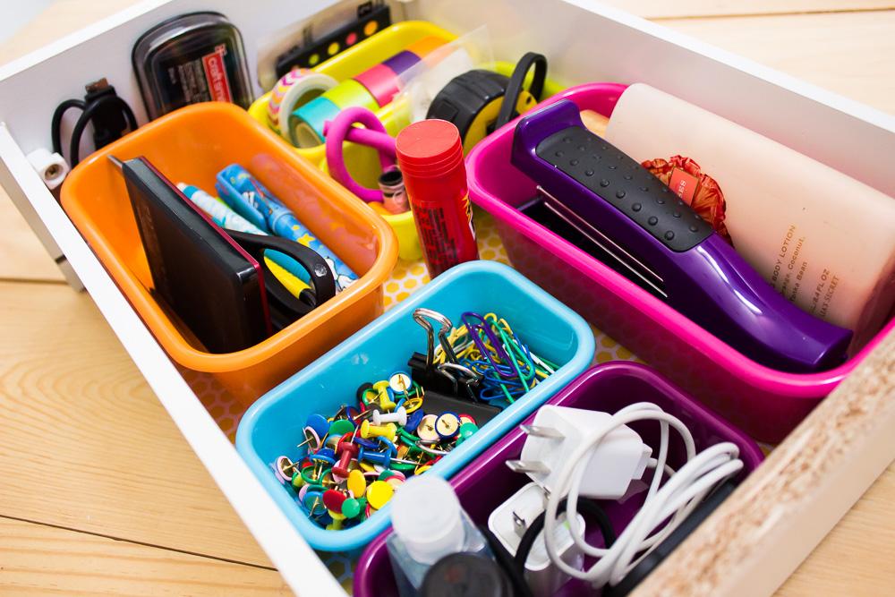organiza_cajon_cajas_colores